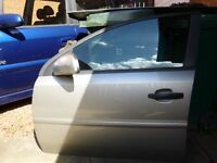 Vauxhall Vectra (2004 model) parts. Garage clearance.
