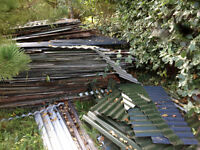 Corrugated Roof Sheeting, used. 100 + Variable condition, few new plastisol odd shapes. To take all.