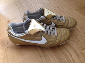Nike Gaucho 'Gold' football boots Size 7