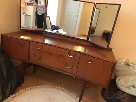 Dresser, stool and drawer set