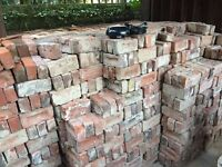 2,000 London Red Bricks - Good condition