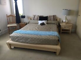 ROOM LARGE DOUBLE ROOM FOR ONE PERSON IN PENNHILL POOLE - £540 BILLS INCLUDED