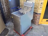 CATERING COMMERCIAL BRAND NEW GAS FRYER KITCHEN FAST FOOD TAKE AWAY CHIPS DONER KEBAB FAST FOOD CAFE