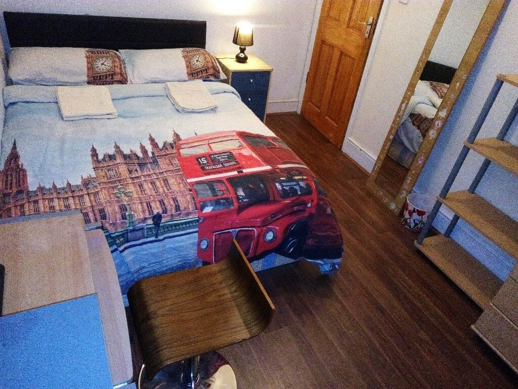 2 Rooms in our big house are available,