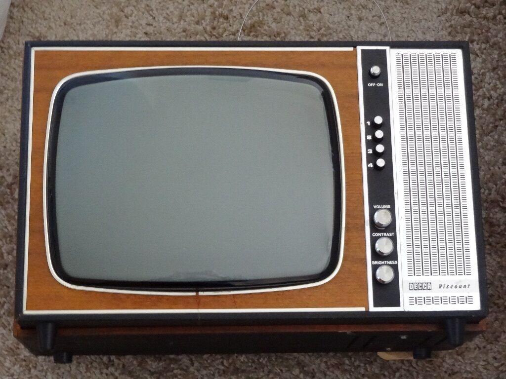 Vintage Hitachi 1980 Portable Television Sci-Fi Retro  |1960s Portable Televisions