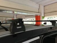 Roof Rack Thule 753 with roof bars used on F-Pace