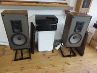 Ar 48LS 3 ways speakers with Stands Nice sounding Speakers Must be heard