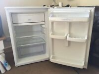 White Hotpoint fridge