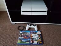 Ps4 white 1t with 2 games