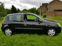2004 RENAULT CLIO 1.1 EXTREME 3 BLACK 1 YEARS MOT & TAX VERY ECONOMICAL CHEAP INSURANCE & TAX