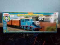 Hornby Thomas and Friends Passengers and Goods Train Set