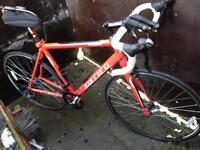 Carrera light weight road bike £190 ovno