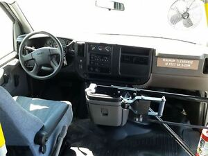 2006 GMC Savana 3500-HANDI-CAP VAN-POWER WHEEL CHAIR LIFT Belleville Belleville Area image 10