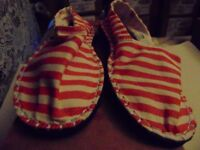 HAVAIANAS ESPADRILLES CASUAL SHOES ASSORTED SIZES AND COLOURS