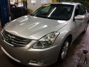 2012 Nissan Altima 2,5 S/AUTOMATIQUE/BLUETOOTH/TRÈS CONFORTABLE
