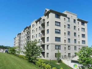 $339,900 - Condominium for sale in Waterloo