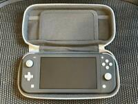 Nintendo Switch Lite + Carrying Case