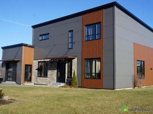 459 000$ - Maison 2 étages à vendre à Granby