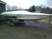 Wellcraft Scarab Sprint 19 pieds Performance Speed boat  RARE !