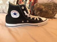 BRAND NEW Black and white converse