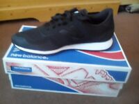 New new balance trainers boxed