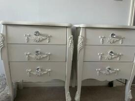 2 x dunelm Toulouse bedside drawers