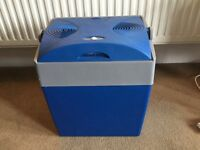 30L Electric Coolbox. 240v and 12v powered.