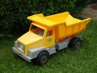 Yellow plastic dumper lorry great for sand pit