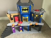 Imaginext Fisher-Price DC Super Friends Batman Gotham City Joker Bank Playset