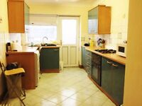 Single Room available at Kingland Trr [By USW uni and Trefreforest St and local amenities)