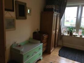 Spacious room to let 470pm