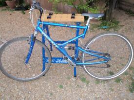 Giant x cross 9000 hybrid mountain bike full suspension XL 21.5 frame 700c 27.5