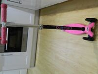 Maxi Micro Scooter Raspberry pink plus brand new spare wheels