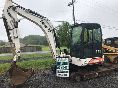 2002 Bobcat 442 Hydraulic Mini Excavator For Parts Please Read Description