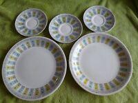 Vintage Broadhurst Apollo England Hand Painted 2 x Plates 3 x saucers