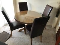 Wooden Oak Round Dining Table with 4 Faux Leather Brown Chairs
