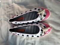 Rocket dog shoes size 6