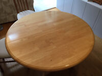 Round dining table, solid wood, extendable