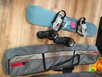 Solomon snowboard, bag and boots