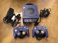 Nintendo GameCube plus 2 X controllers and Mariokart game £25