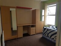 Large Room for one person ( preferable female ) to rent near Stratford station £110 per week