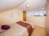Double Room to rent in Ulsterville Gardens - All Bills Included - Fully Furnished