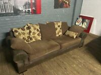 SCS FABRIC SOFA VERY NICE WITH ALL SCATTER CUSHIONS FREE DELIVERY
