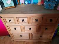 Chest drawers /sideboard
