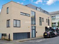 2 bedroom flat in Lower Road, Surrey Quays SE16