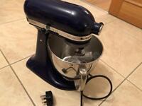 Kitchenaid mixer 99.999999% new