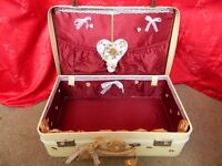 Vintage Suitcase Wedding Cards