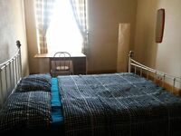 DOUBLE BEDROOM FOR SHORT TERM FESTIVAL LET IN A SHARED FLAT