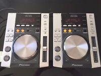 2 x Pioneer CDJ200 Professional CD Player Decks
