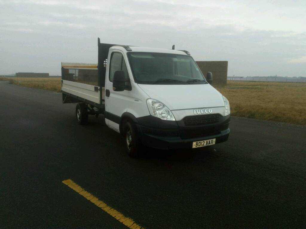 Iveco daily 2012 LWB LEZ COMP.auto.flatbed. tail lift. Pickup truck ...